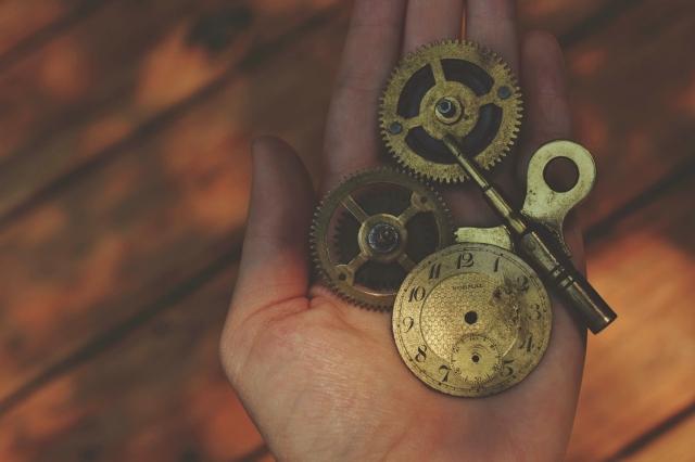 259/365 Clock Work by martinak15 (CC BY 2.0)